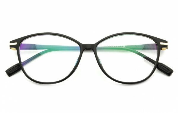 Antyrefleksy w okularach – dlaczego warto się zdecydować